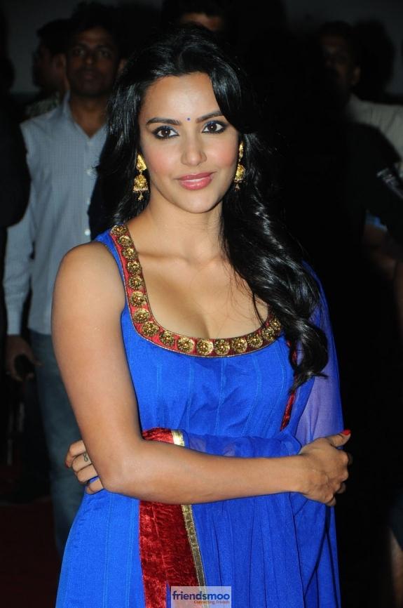Priya Anand Friendsmoo (6)