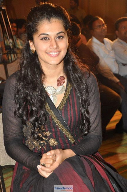 Tapsee (3)