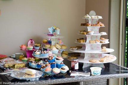 Gorgeous cakes at White Chimneys, Jo & Mark Curtis