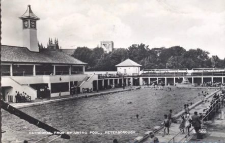 Postcard of the Lido dated 1959