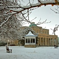 Card 1 Bandstand and Pump Room in snow 640