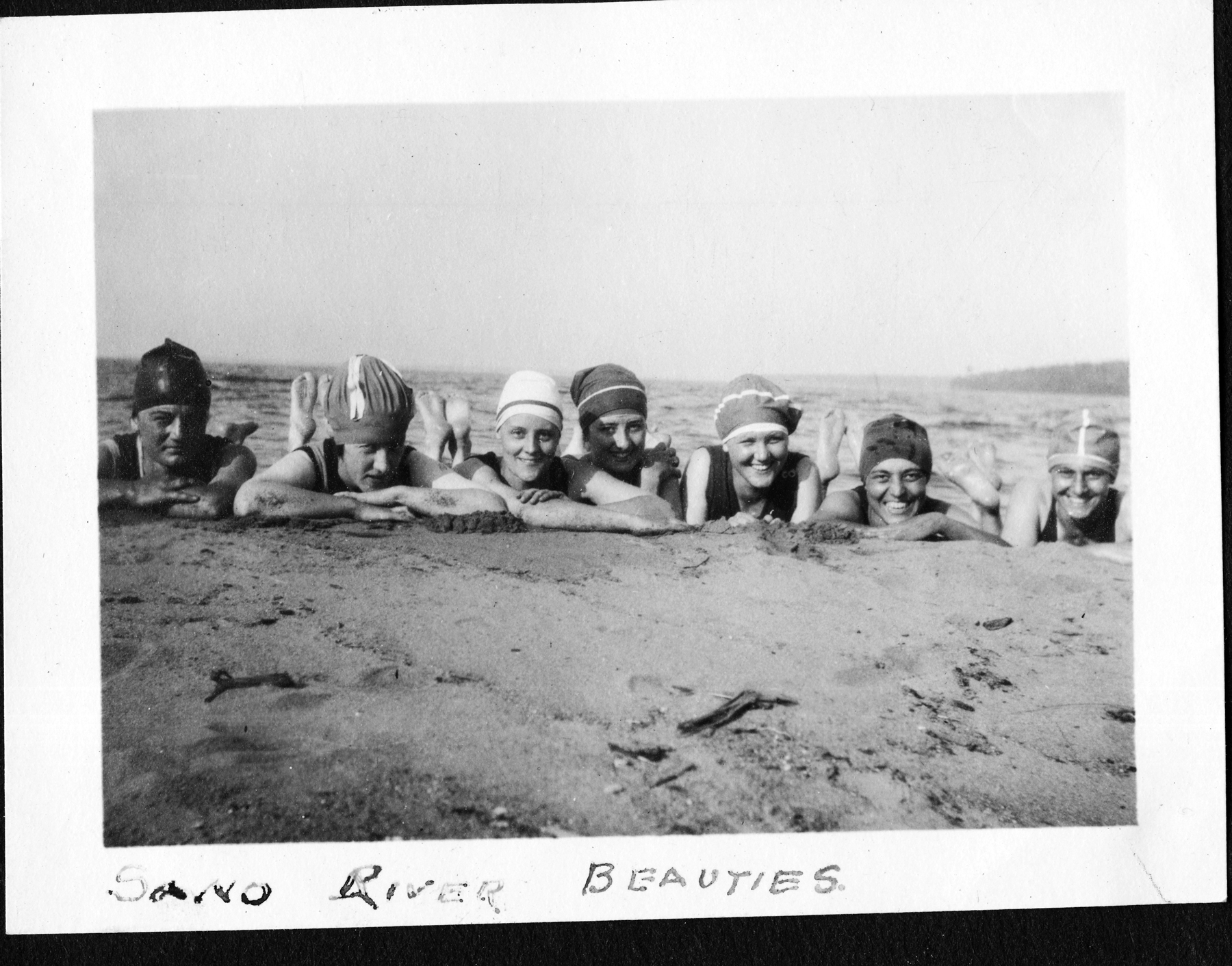 Gert and her girlfriends on the Sand Bay beach 1922