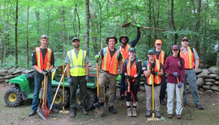 GSMNP interns doing trail work 2018