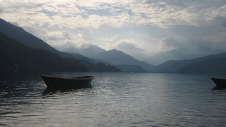 volunteer_in_nepal_-_landscape_Pokhara.jpg