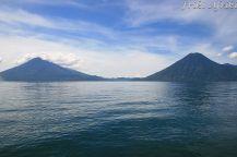 Wulkany nad jeziorem
