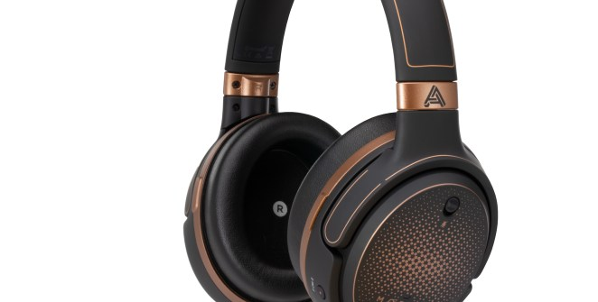 award-winning-gaming-headphones-audeze-mobius-now-available-at-amazon-frikigamers.com.jpg