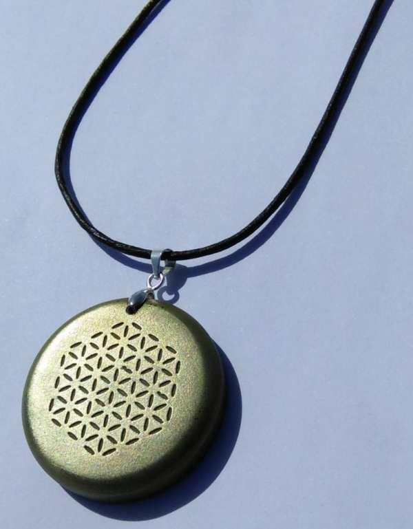 orgonite-pendant-bronze