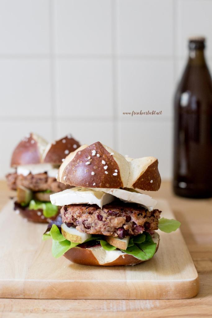 burger_gorgonzola_birne_und_kichererbsen_patty_1