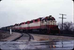 GP38AC 647 and GP38-2 685 at Springfield, Missouri in March 1980 (Ken McElreath)
