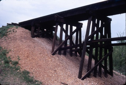 Crystal City, Missouri Trestle in May 1981 (Ken McElreath)