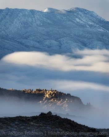 Lake_Mountains_Fog_800px