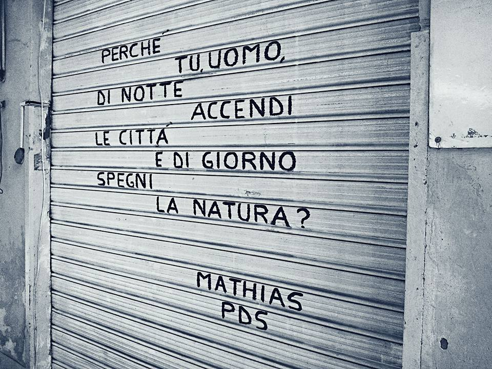 Poesie di strada sulle saracinesche di Palermo  Friulisera
