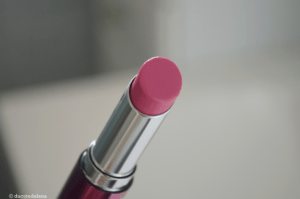 un baume à lèvres KIKO teinte 05 Raspberry