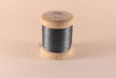 Fil de soie perlée bleu gris 171 Au Ver à Soie