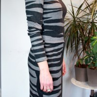 Burda 6910 Dress: all party on one side, all artsy on the other