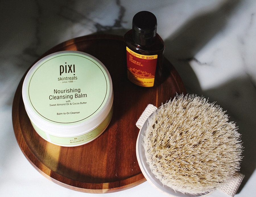 Pixi Nourishing Cleansing Balm and Desert Essence Moringa, Jojoba & Rose Hip Oil and EcoTools Dry Body Brush IHerb Haul Review