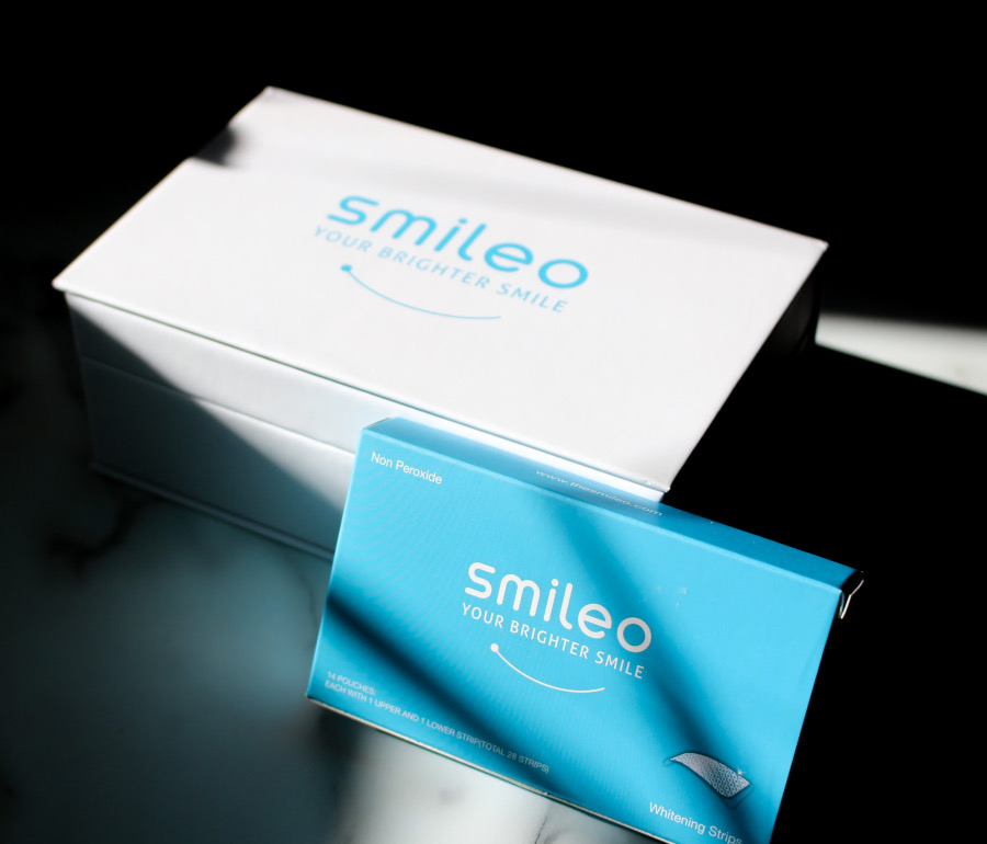 Smileo Teeth Whitening Kit and 3D strips