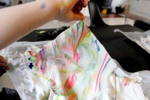 barbeskums-maling, diy, marmor-maling, shaving-cream-painting