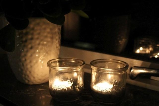 4-maj, danmarks-befrielse, lys-i-vinduet