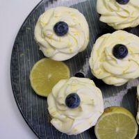 Blåbær cupcakes med cream cheese frosting