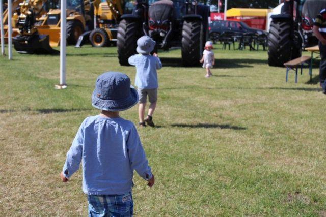 roskilde-dyrskue, traktor, to-drenge