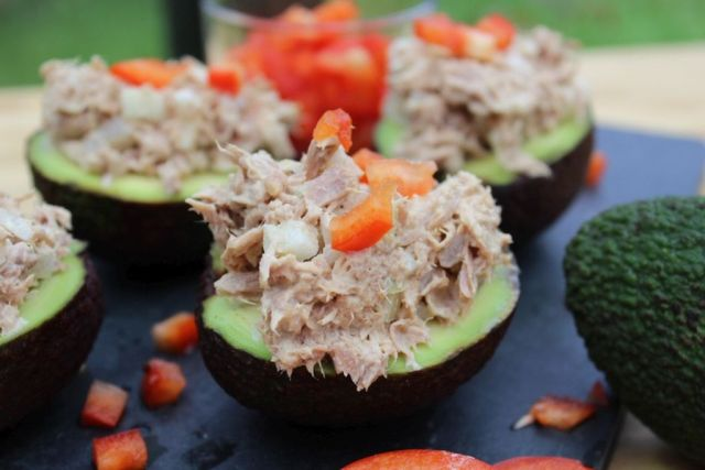hjemmelavet-tunsalat, opskrift, tun, frokost, madpakke, miraclevip, loeg, asier, avokado, roed-peberfrugt