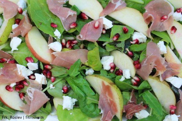 efteraarssalat, paerer, aebler, granataeble, salat, fetaost, opskrift