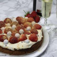 Nytårs cheesecake med champagne og jordbær
