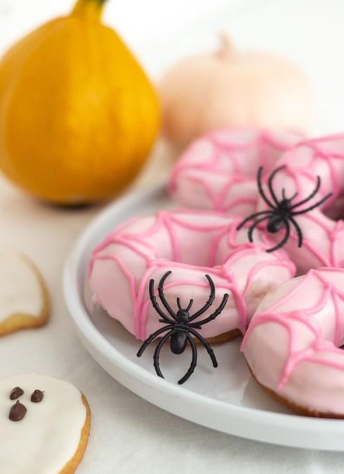 Opskrift på edderkop donuts til Halloween