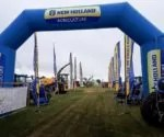 arche new holland foire.jpg