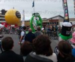 ballon sac à dos street marketing tour de france 2016 à Granville.jpg