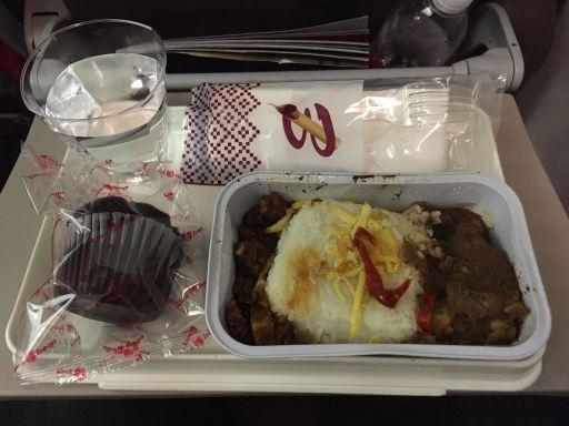 バティクエア、ジャカルタ→アンボン便の機内食