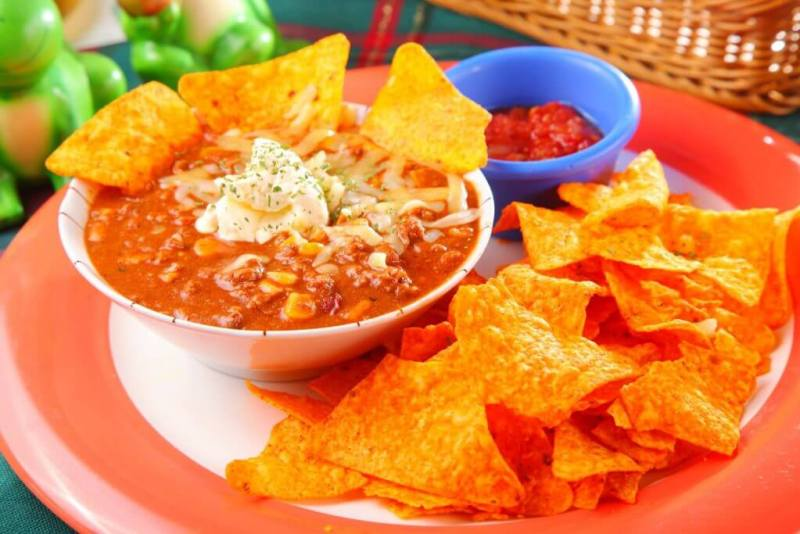 The Beef Chili w/ Chips