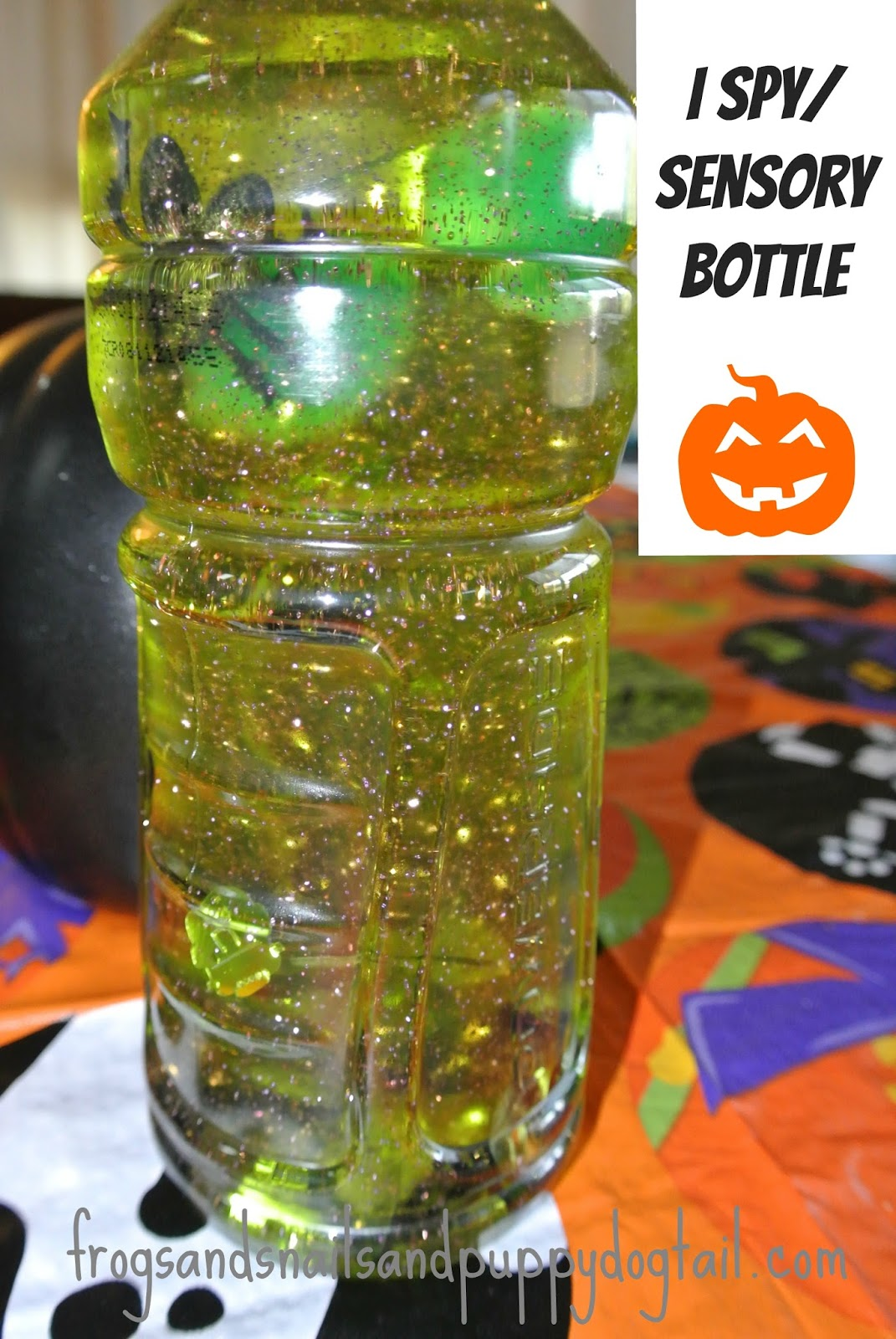 Halloween I Spy Sensory Bottles