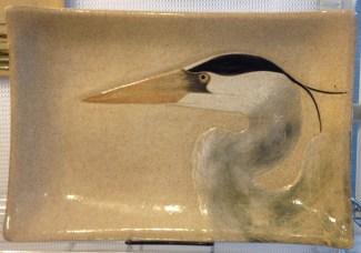 Stoneware platter, sgraffito heron design