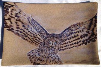 Ceramic platter, sgraffito great grey owl