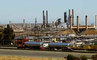 Oil Refiners at North California Requires to Slash Air Pollution
