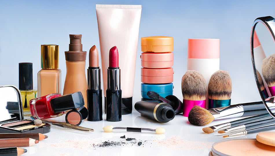 Makeup Products Contain Harmful Chemicals