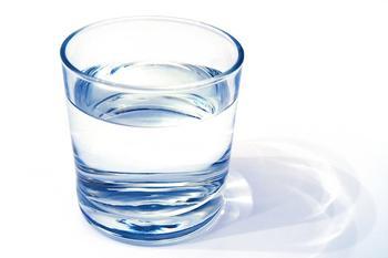 Картинки по запросу стакан с водой