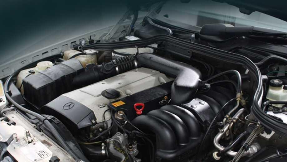 """Запчасти на двигатель автомобиля """"Мерседес"""": оригинальные, восстановленные, рабочие детали"""