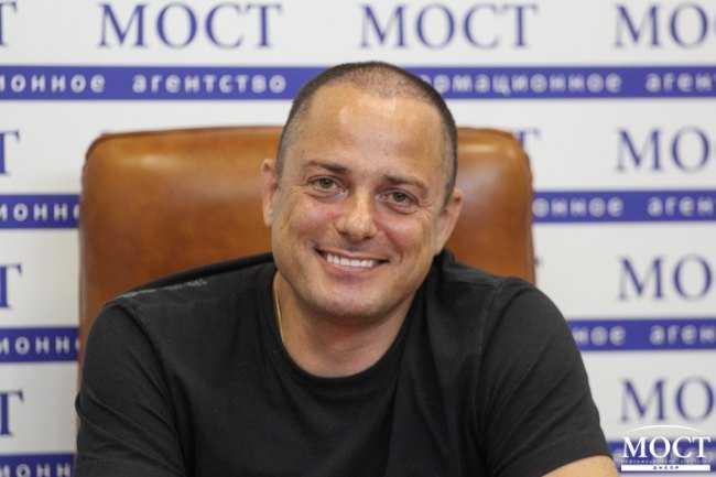 Лоббист большого фармибизнеса зашел в горсовет Каменского: под кого мэр Белоусов создал сеть муниципальных аптек?