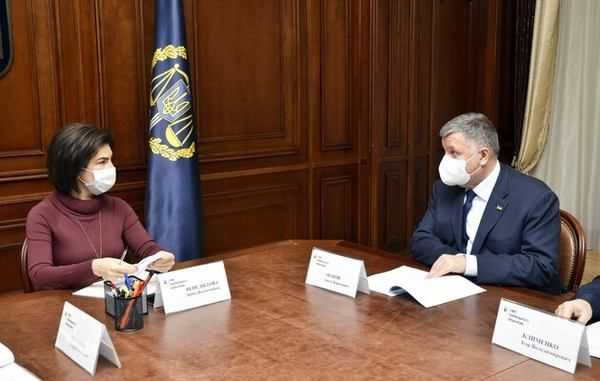 Как Аваков, Венедиктова и Печерский суд спасают агробаронов Бахматюка и его имущество
