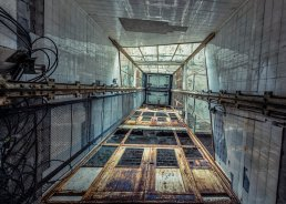 elevator_by_christian_richter-d74cp5a