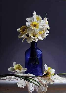 daffodils-blue-bottle
