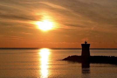 Marina baie des anges coucher de soleil