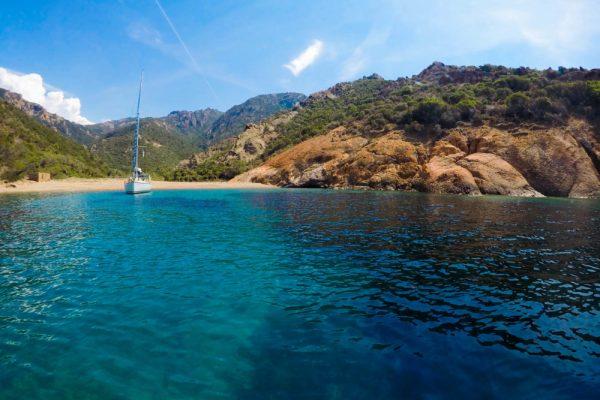 Reserve-Naturelle-de-Scandola-Corse12-e1496925590566-600x400