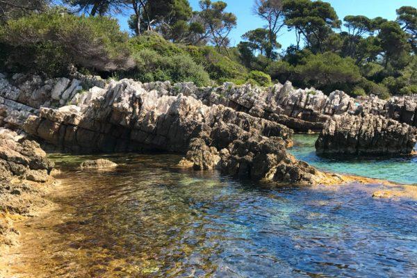 cap-dantibes-villa-eilenroc-plage-e1497946648596-600x400