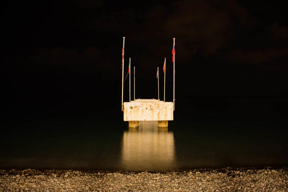 plage-nice-nuit-e1506327141941