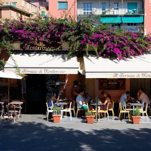 monterosso-al-mare-cinque-terre-italie-village