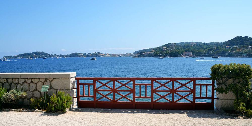 jardin-villa-grecque-kerylos-visite